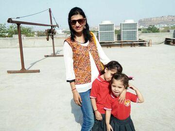 VeeBee Virtual Babysitter: Rekha