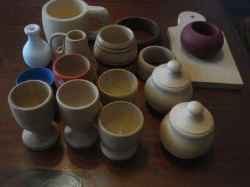Vente: Lot de 17 petits objets en bois à peindre
