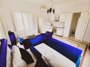 Rooms for rent: HUGE SUITE WITH 3 TERRACES - San Gwann