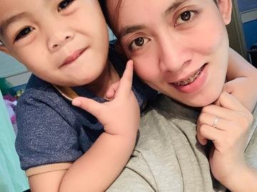 VeeBee Virtual Babysitter: Your trusted baby sitter. I'm Hanaya