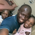 VeeBee Virtual Babysitter: Am an amazing baby sitter