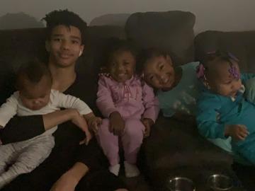 VeeBee Virtual Babysitter: Jordan knutson