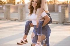 VeeBee Virtual Babysitter: Babysitting experience, homework tutor, counseling
