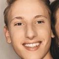 VeeBee Virtual Babysitter: Jonas Zellerhoff