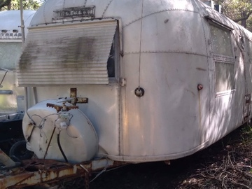 Trailer Sales: 1963 Airstream Ambassador Original Interior and Title!