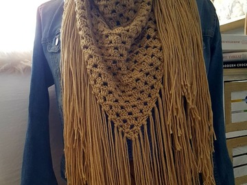 Selling with online payment: Long Fringe Scarf