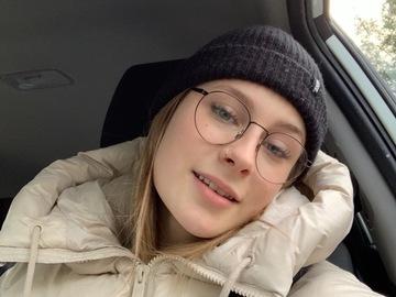 VeeBee Virtual Babysitter: Alexya Perrault