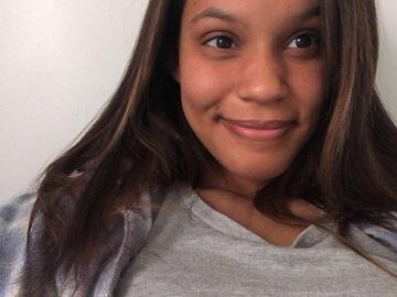 VeeBee Virtual Babysitter:  Virtual babysitting - Alyssa Martin