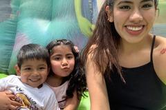 VeeBee Virtual Babysitter: Virtual Babysitter / Spanish Teacher