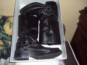 Vente: a vendre 3 paires de chaussures pointure41