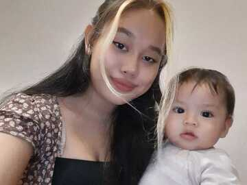 VeeBee Virtual Babysitter: Virtual Babysitter , Friendly & Good with kids.