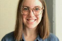 VeeBee Virtual Babysitter: Licensed Teacher Living in Wisconsin, I'd love to help you!