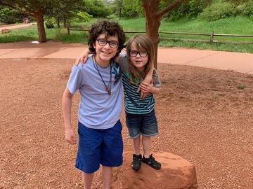 VeeBee Virtual Babysitter: I'm a fun babysitter