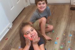 VeeBee Virtual Babysitter: Fun Lovable Sitter !