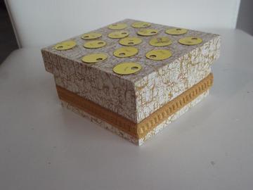 Vente au détail: Boîte carrée rangement moutarde