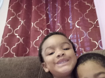 VeeBee Virtual Babysitter: I watch kids all my aunt kids so I'm good with the kiddos