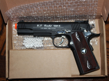 Selling: WG Special Combat Pistol 1911 CO2 Blowback Airsoft Gun