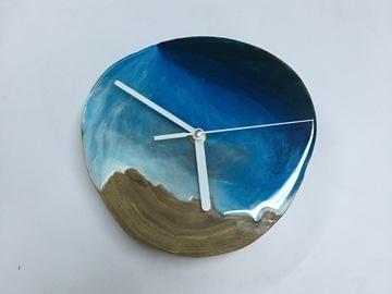 : Elm Wood Cookie Ocean Clock