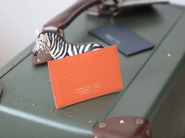 Selling with online payment: Camille Fournet Paris Cardholder