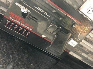 Selling: Cyber gun desert eagle co2 blowback