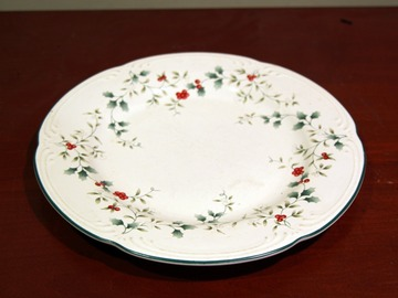 For Sale: Holiday Ceramic Plate