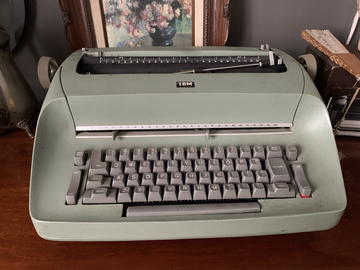 For Sale: Mint Green Typewriter