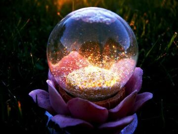 Selling: Enchanted Crystal Ball Reading with Spell