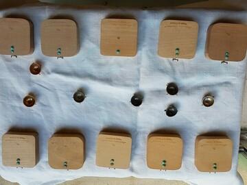 Vente: Un ensemble de résonateurs Acoustic System