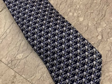 Selling with online payment: Vintage Hermes Tie