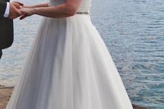Ilmoitus: Kaunis mekko