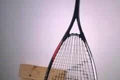 Myydään: Squash racket + two balls