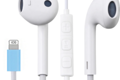 Liquidation/Wholesale Lot: Generic Earbuds for iPhone with Microphone & Adapter, Bluetooth &
