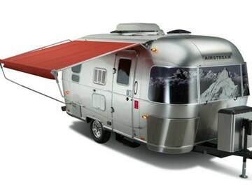 Trailer Sales: 2010 Airstream Victorinox 19CB