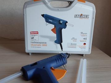 Vermieten/Wochenende/Woche/Monat: Heißklebepistole Gluematic 3002 von Steinel