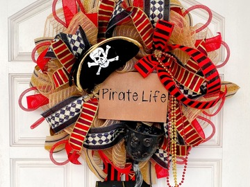 Selling with online payment: Pirate Wreath, Small