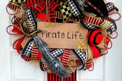 Selling with online payment: Pirate Wreath, Large