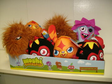 Buy Now: 1 Display Of  12 Of Highly Collectible  Moshi Monsters