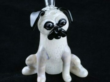 Post Products: Chameleon Glass Sculpted Pug Bong
