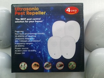Buy Now: 2  Sets Of 4 Pc Ultrasonic Pest Repellier