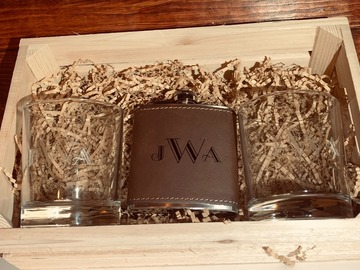 Selling with online payment: Whiskey Glass Gift Box