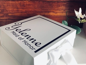 Selling with online payment: Personalized Gift Box
