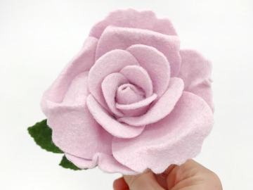 Selling: Single Stem Felt Rose