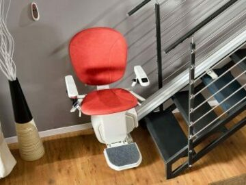 SALE: Full Stairlift Kit | Self-Installable | Delivery Across Canada