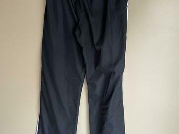 Selling : NIKE SPORT CLOTHING SET-PANTS