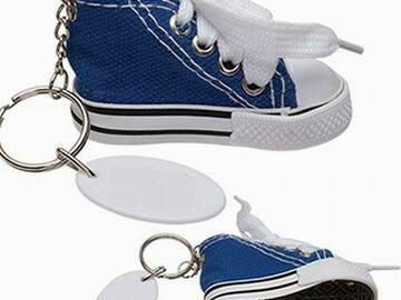 Compra Ahora: Blue Hi-Top Canvas Sneaker Keychains – Minor Blemishes