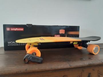 Vermieten mit Online-Zahlungen: Long Runner Elektro Skateboard