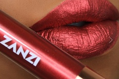 Selling with online payment: Long lasting Metallic lip creams