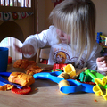 """VeeBee Virtual Babysitter: """"Creative and fun babysitter!"""""""