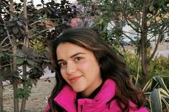 VeeBee Virtual Babysitter: Vanessa Medina