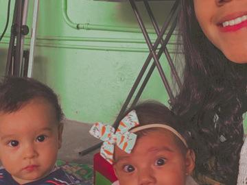 VeeBee Virtual Babysitter: Niñera estudiante